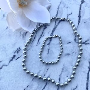"18"" Monet Silver Pearl (Faux) Knotted Necklace Set"